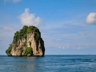 Phi Islands