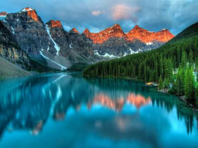 Moraine Lake -  Lake Louise