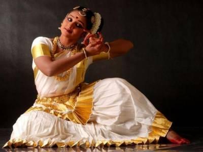 Mohiniyattam Kerala India