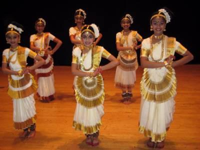 Mohiniyattam Classical Dance Form