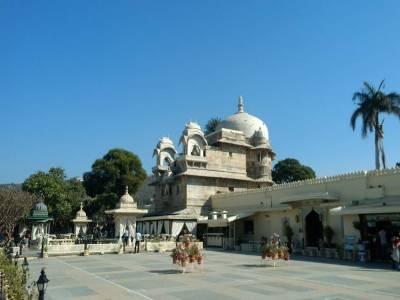 Lake Garden Palace in Udaipur