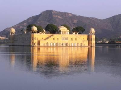 Jal Mahal in Jaipur of Rajasthan