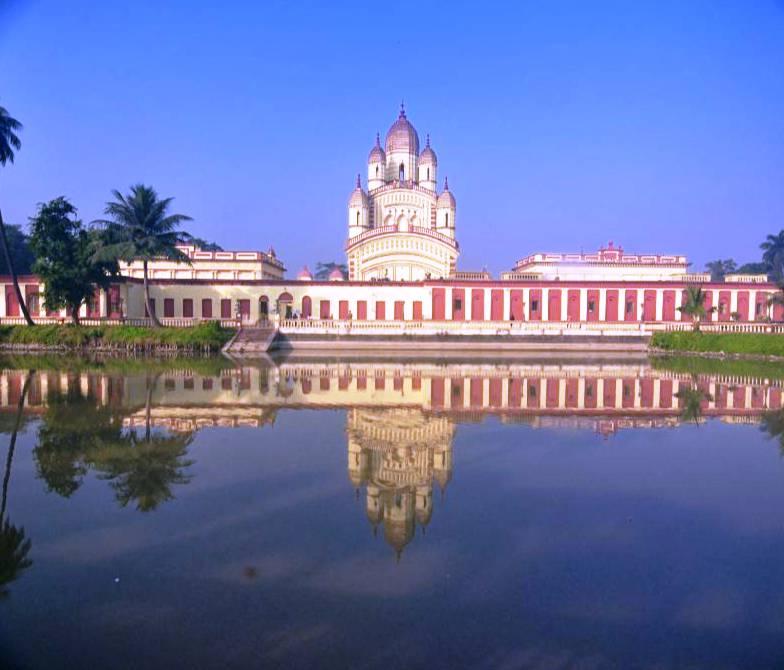 Dakshineswar Kali Temple Kolkata, history, timings, aarti ...