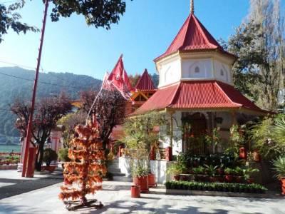 Naina Devi Temple Nainital Uttarakhand