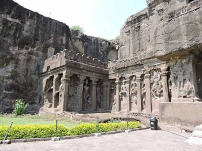 Ellora caves Maharashtra