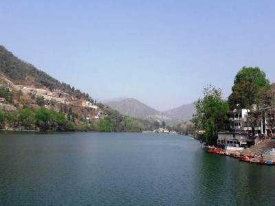 Bhimtal Lake in Nainital