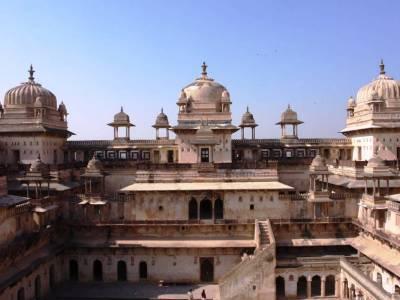 Orchha Fort in Madhya Pradesh