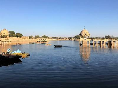 Gadisar Lake in Jaisalmer