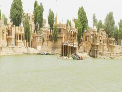 Gadisar Lake in Jaisalmer, Rajasthan