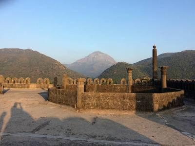 Uparkot Fort