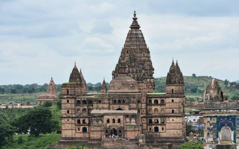 Chaturbhuj Temple Orchha, Timings, History, Significance