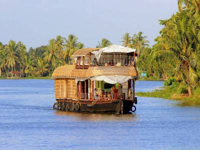 Backwater in Alappuzha